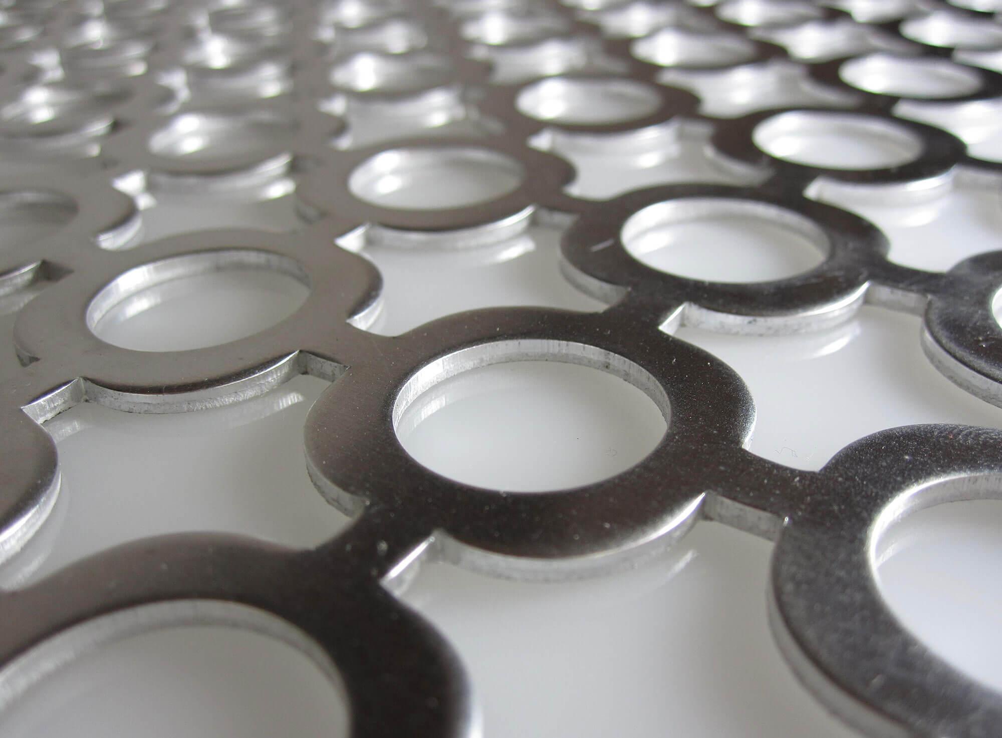 Implanté dans l'Ain au coeur de la Plastics Vallée, le groupe ZEDES est spécialisé dans la conception et la réalisation de moules métalliques de précision ...